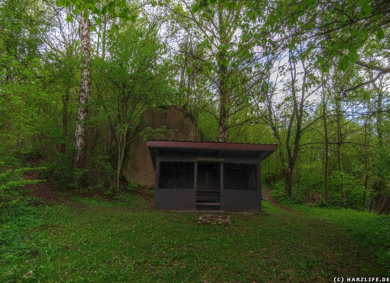 Die Schutzhütte am Römerstein