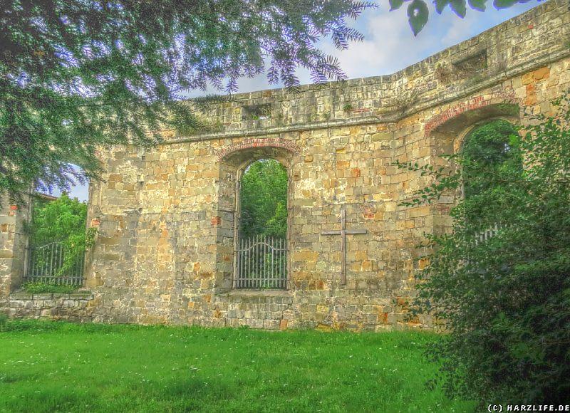 Halberstadt - Mahnmal Ruine der Franzosenkirche