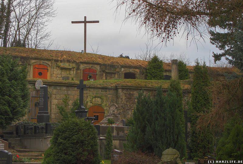 Auf dem Wipertifriedhof in Quedlinburg
