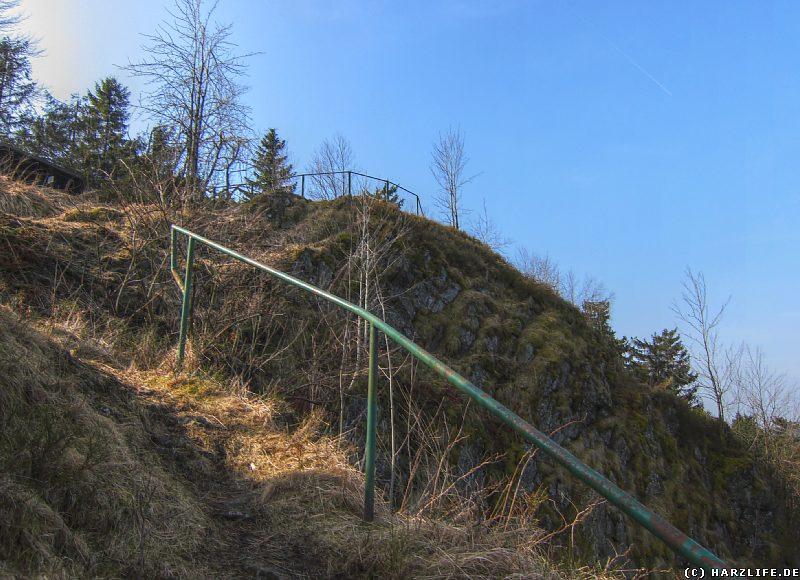 Steiler Aufstieg zu den Ahrendsberger Klippen