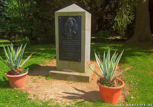 Friederiken-Gedenkstein im Schloßpark