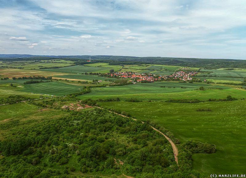 Aussicht von der Hohen Linde auf Lengefeld und die Mooskammer