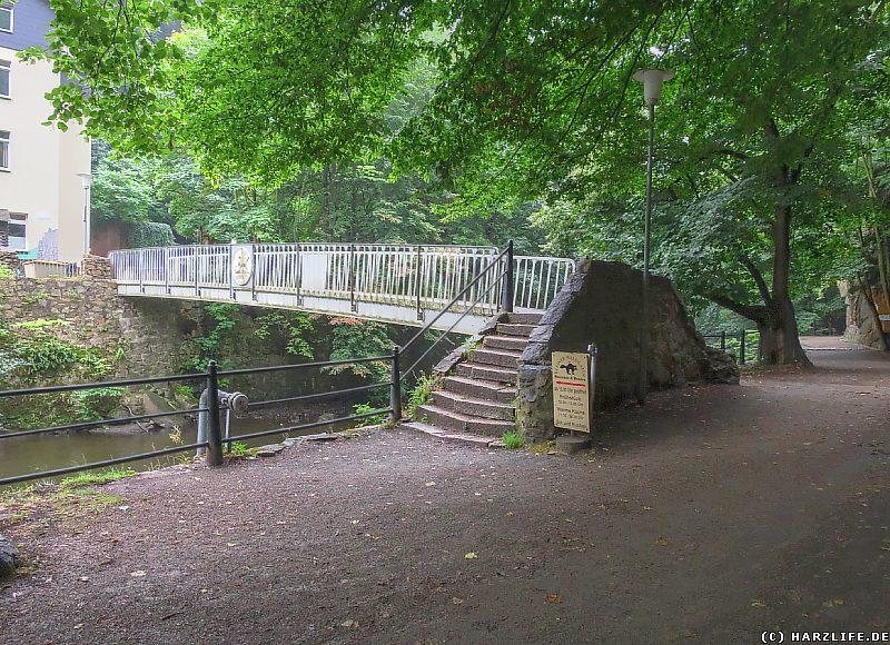 Blick von der Schallhöhle zur Katerstiegbrücke im Bodetal