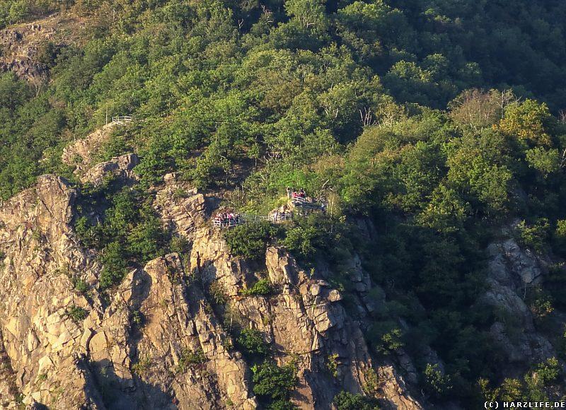 Zwei Aussichtspunkte: Blick von der La Viereshöhe zur Roßtrappe