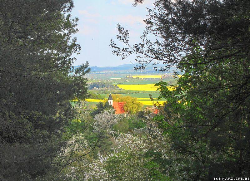 Blick zur Friedhofskapelle von Timmenrode