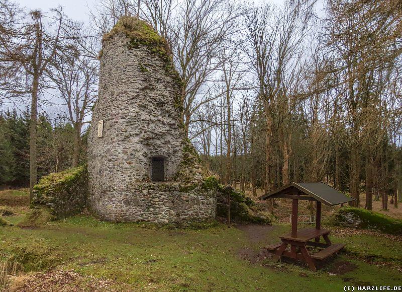 Bergfried der Burgruine Königsburg