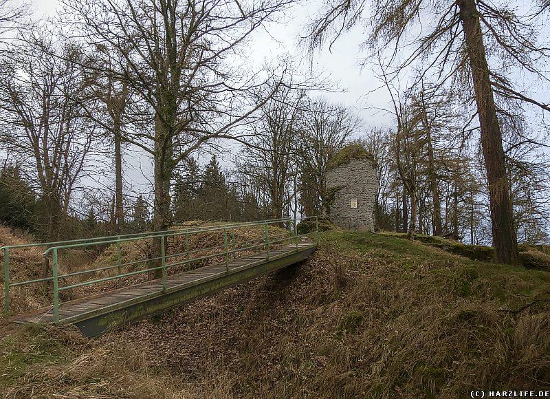 Die Nordostansicht der Burgruine Königsburg
