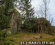 Felsklippen an der einstigen Vorburg