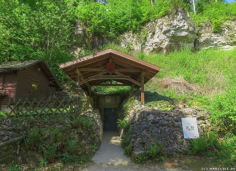 Der Eingang zur Einhornhöhle