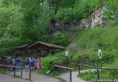 Eingang der Einhornhöhle