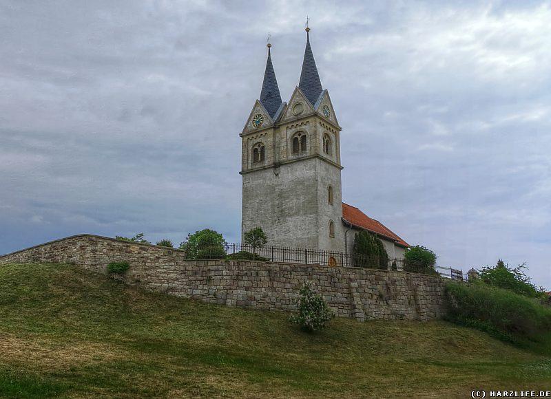 Blick zur Kirche St. Margareta in Minsleben